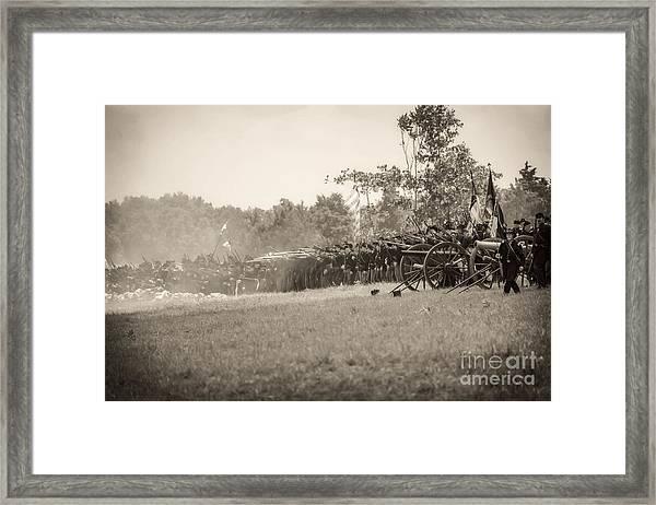 Gettysburg Union Infantry 9968s Framed Print