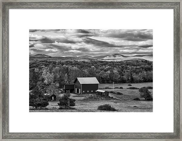 Hudson Valley Ny Fall Colors Framed Print