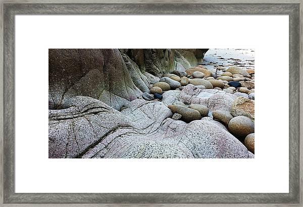 Nanven Rocks Framed Print