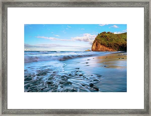Pololu Valley Framed Print
