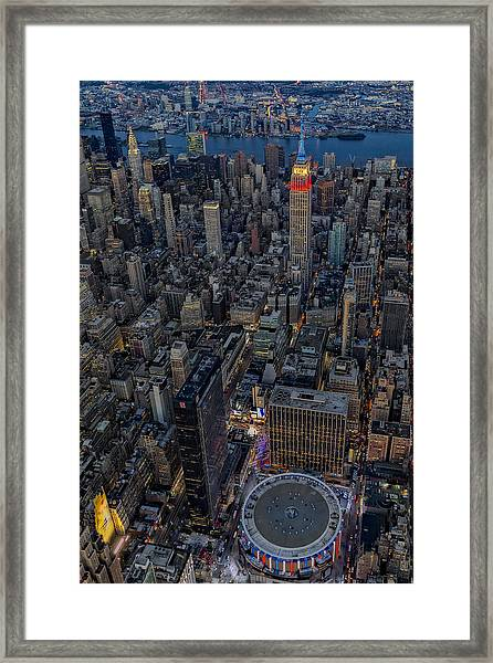 Framed Print featuring the photograph September 11 Nyc Tribute by Susan Candelario