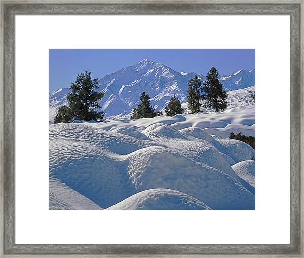 2m6402 Mt. Tom From Sherwin Grade Framed Print