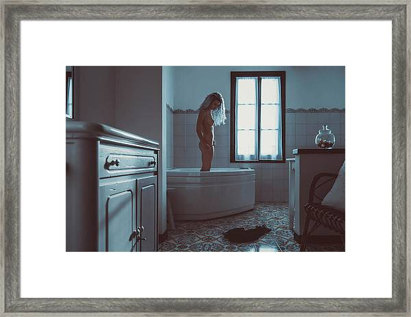 Tu M'as Promis Framed Print