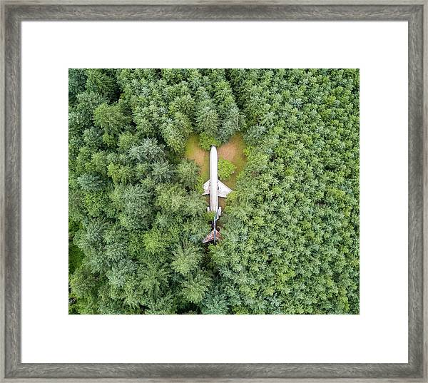 727 Airplane House Framed Print