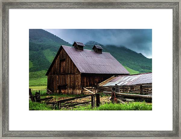 A Barn In Crested Butte Framed Print