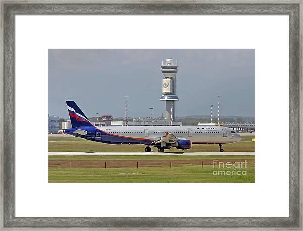 Aeroflot - Russian Airlines Airbus A321-211 - Vq-bei Framed Print