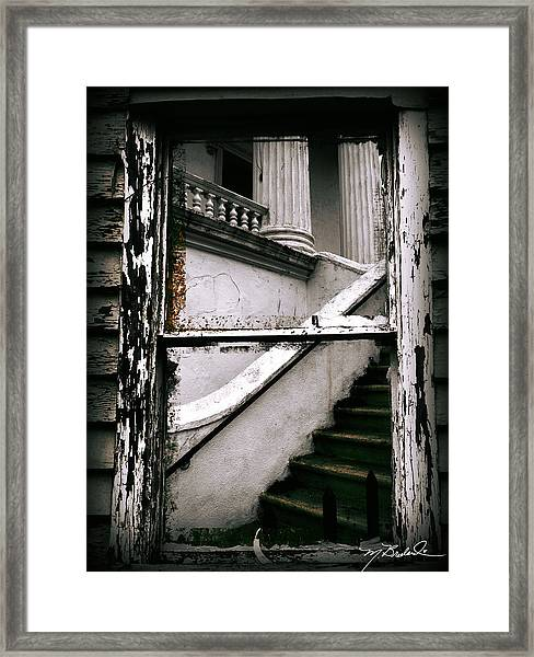 Another Look At Charleston  Framed Print by Melissa Wyatt