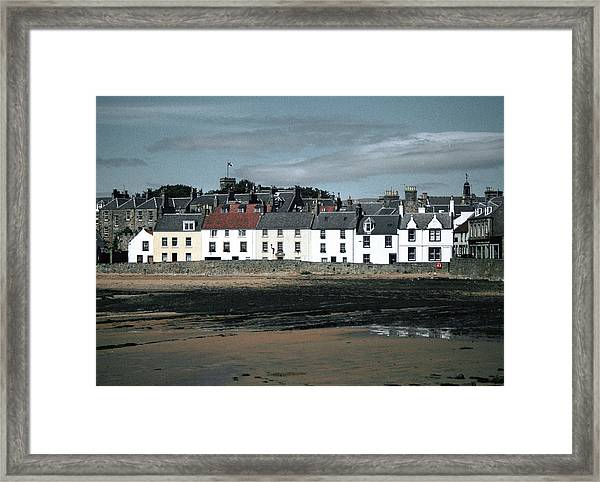 Anstruther Beach Framed Print
