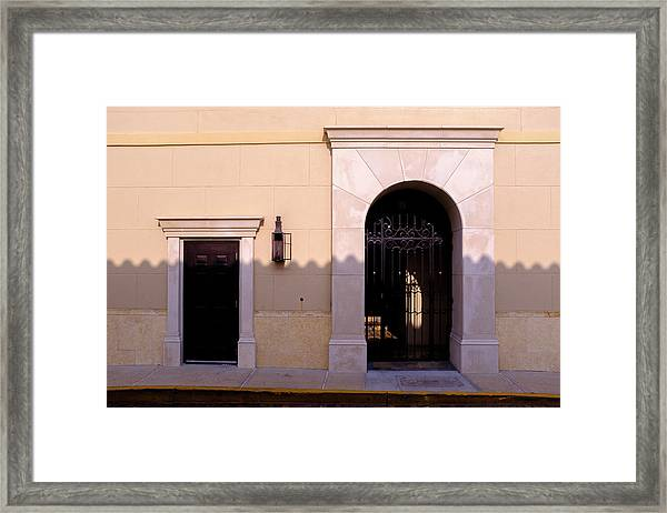 Archway In An Alley In Downtown Winter Park Florida Framed Print