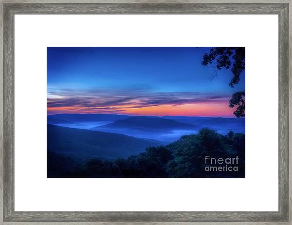 Artist Point Sunrise Framed Print