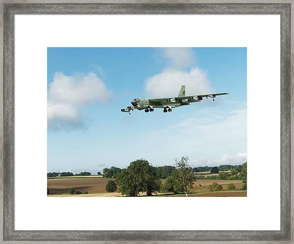 B52 Stratofortress Framed Print