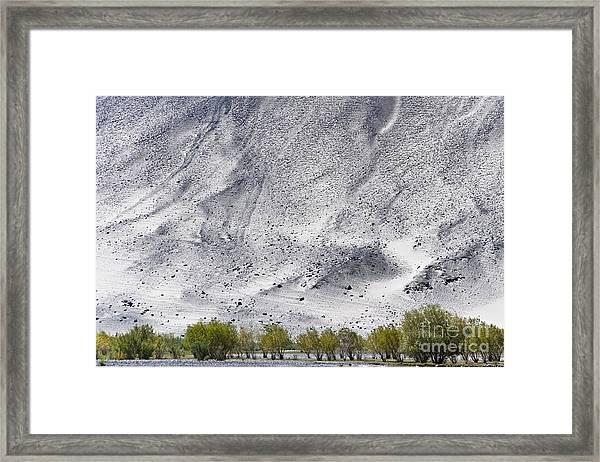 Backdrop Of Sand, Chumathang, 2006 Framed Print