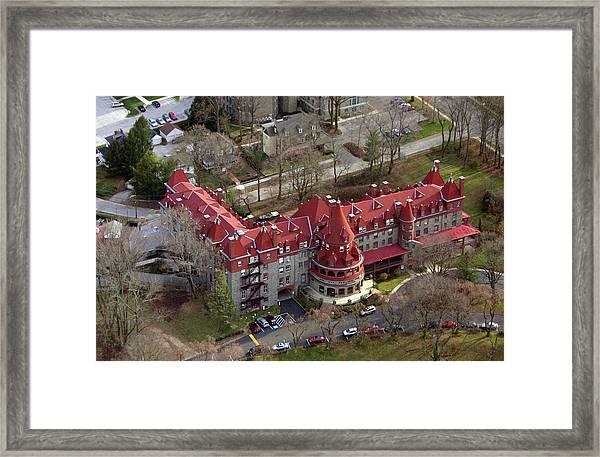 Baldwin School 701 Montgomery Avenue Bryn Mawr Pa 19010 Framed Print by Duncan Pearson