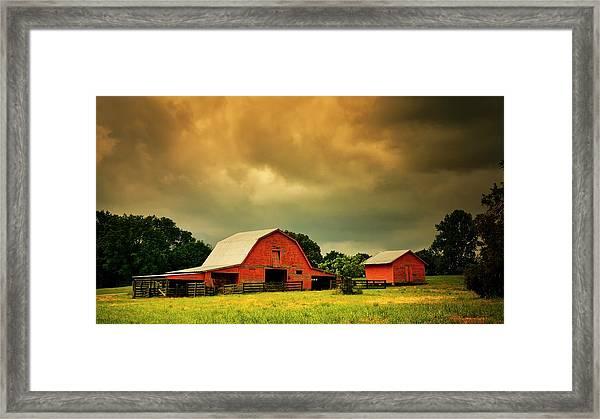 Barn In The Usa, South Carolina Framed Print