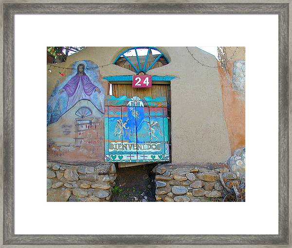 Framed Print featuring the photograph Bienvenidos 24 by Joseph R Luciano