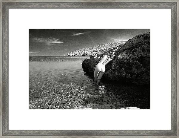 Black And White Nude 016 Framed Print