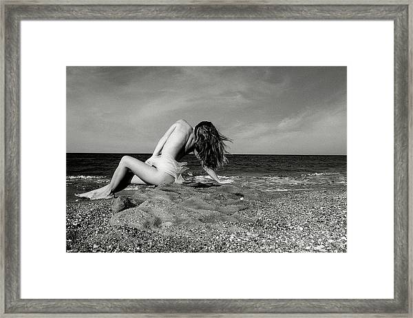 Black And White Nude 019 Framed Print