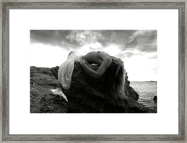 Black And White Nude 031 Framed Print