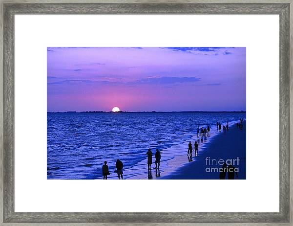 Blue Sunset On The Gulf Of Mexico At Fort Myers Beach In Florida Framed Print