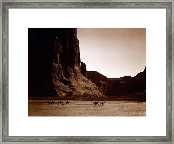Canyon De Chelly 2c Navajo Framed Print
