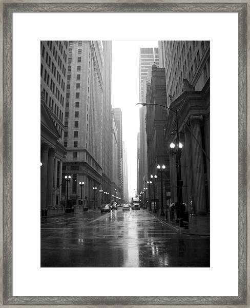 Chicago In The Rain 2 B-w Framed Print