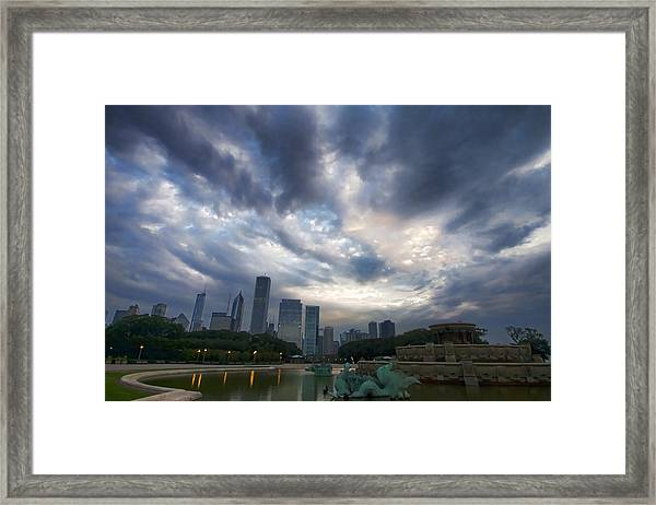 Chicago's Buckingham Fountain When It's Turned Off Framed Print