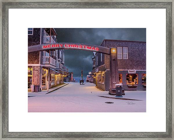 Christmas In Nye Beach Framed Print