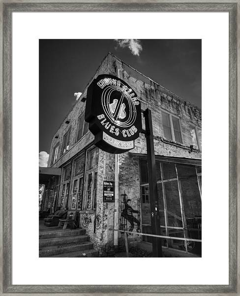 Framed Print featuring the photograph Clarksdale - Ground Zero Blues Club 001 Bw by Lance Vaughn
