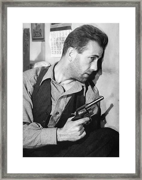 Close-up Up Of Humphrey Bogart As Duke Mantee With Gun The Petrified Forest 1936 Framed Print