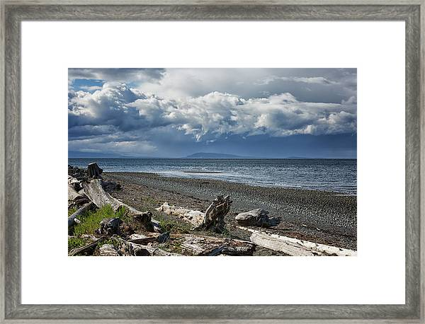 Framed Print featuring the photograph Columbia Beach by Randy Hall