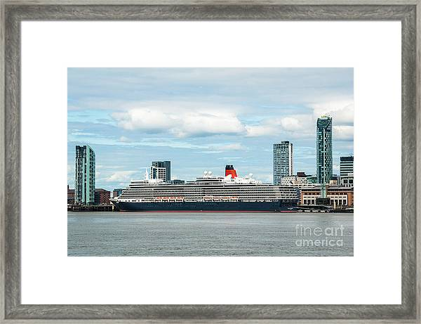 Cunard's Queen Elizabeth At Liverpool Framed Print