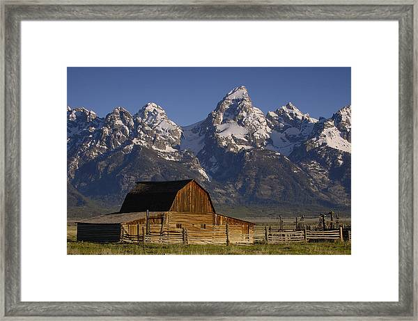 Cunningham Cabin In Front Of Grand Framed Print