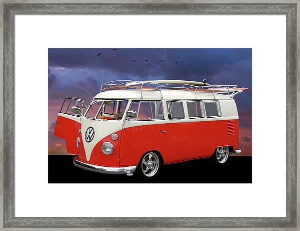 Das Bus Framed Print
