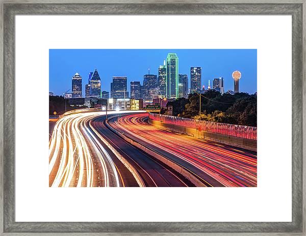 Dawn At The Dallas Skyline - Texas Cityscape Framed Print