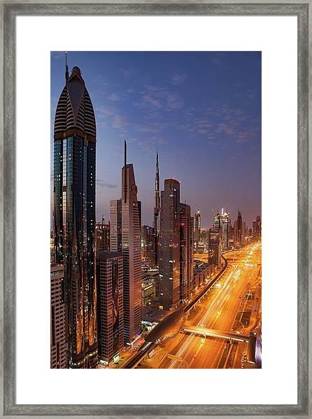 Framed Print featuring the photograph Dubai by Ryan Miglinczy