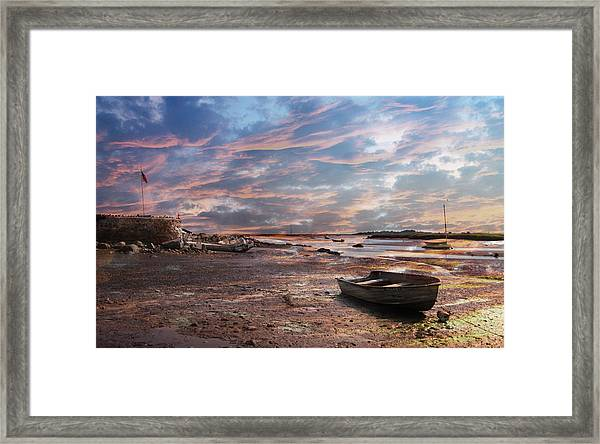 Early Morning Low Tide On The North Shore Framed Print