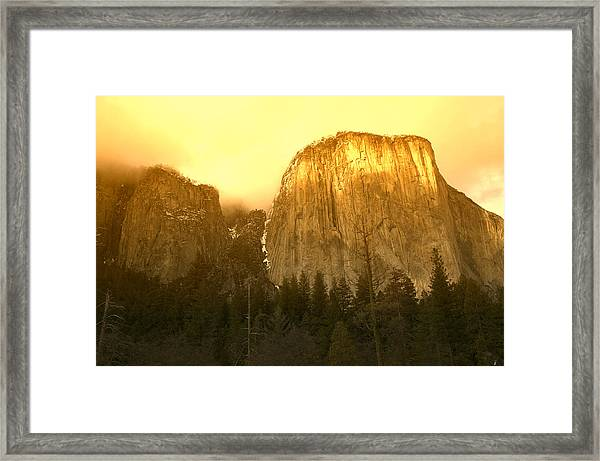 El Capitan Yosemite Valley Framed Print