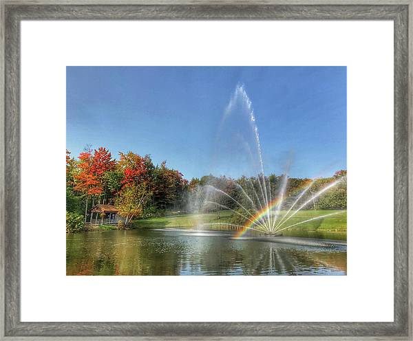 Fountain At Tater Hill Framed Print