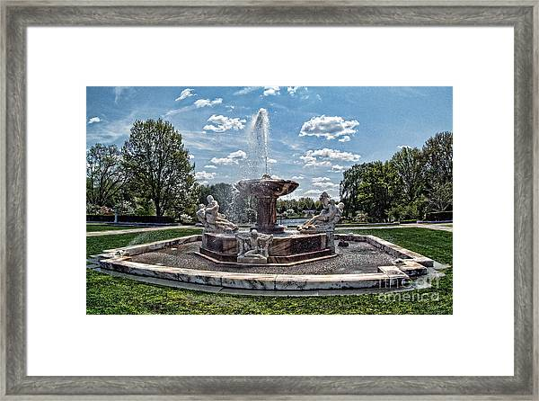 Fountain - Cleveland Museum Of Art Framed Print