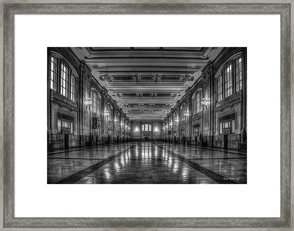 Frozen In Time B W Union Station Kansas City Missouri Art Framed Print