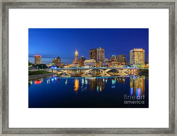 Fx2l531 Columbus Ohio Skyline Photo Framed Print