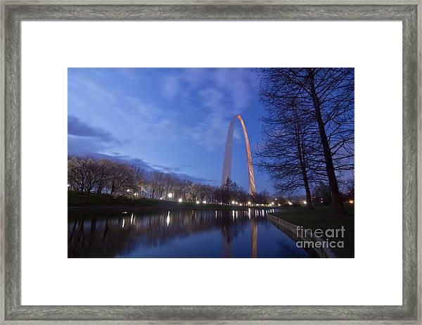 Gateway Arch At Dawn Framed Print