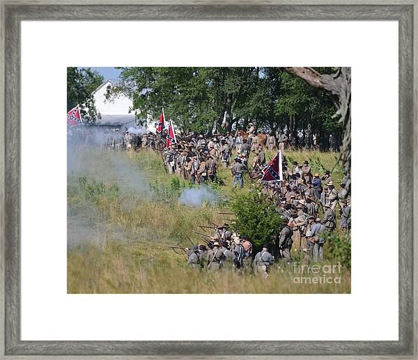 Gettysburg Confederate Infantry 8825c Framed Print
