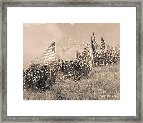 Gettysburg Union Infantry 8948s Framed Print