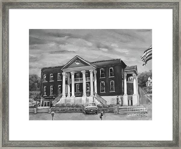 Gilmer County Old Courthouse - Black And White Framed Print