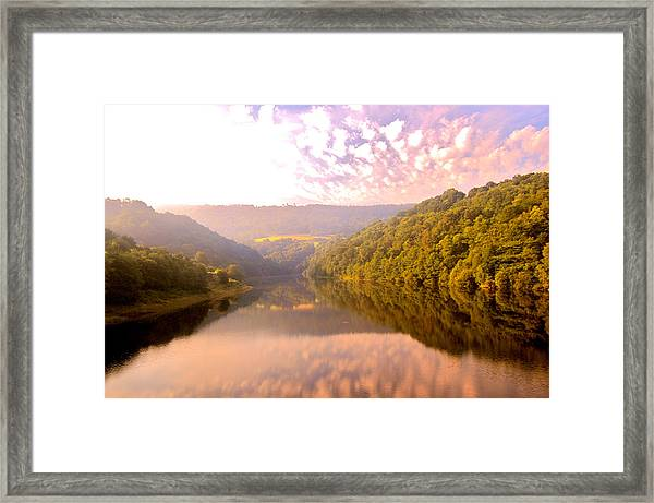 Framed Print featuring the photograph Glow by HweeYen Ong