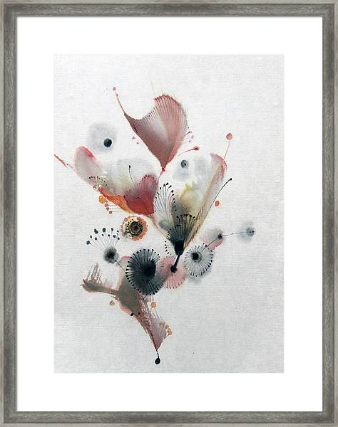 Growing 14030092fy Framed Print