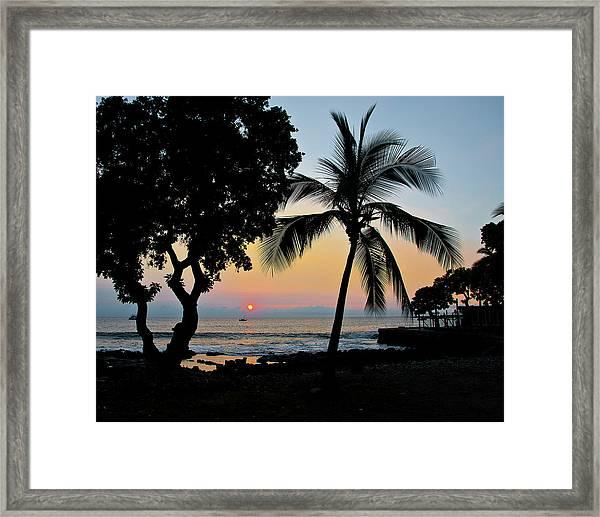 Hawaiian Big Island Sunset  Kailua Kona  Big Island  Hawaii Framed Print