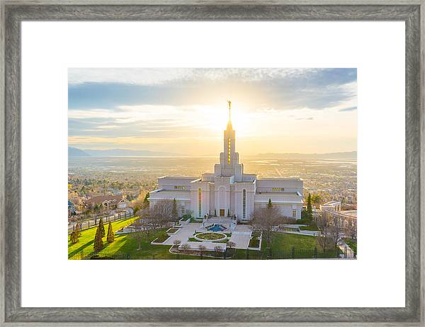 Framed Print featuring the photograph Heavenly Glow by Dustin  LeFevre