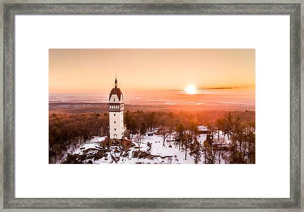 Heublein Tower In Simsbury Connecticut Framed Print